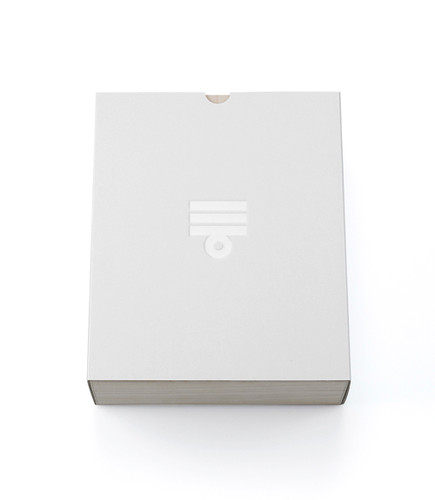 Packaging_Design_by_Taku_2.jpg