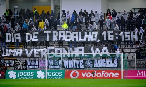 adeptos_vitoria_de_guimaraes_protesto_foto_octavio