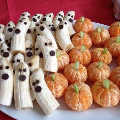 aperitivos-faciles-halloween-huevos-frutas.jpg