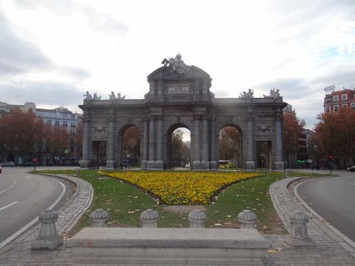 Puerta de Alcala (5).JPG
