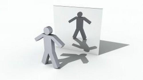 person-mirror_21163909.jpg