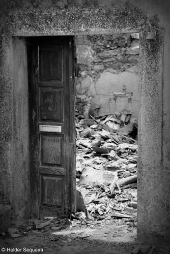 Casa degradada...HS.jpg