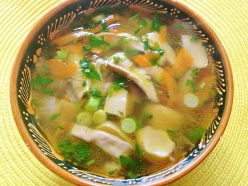 wild mushroom soup.jpg