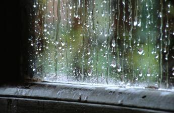 MM-janela com chuva.jpg