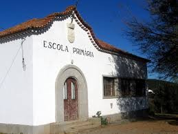 escola primária in. pt.wikipédia.org.jpg