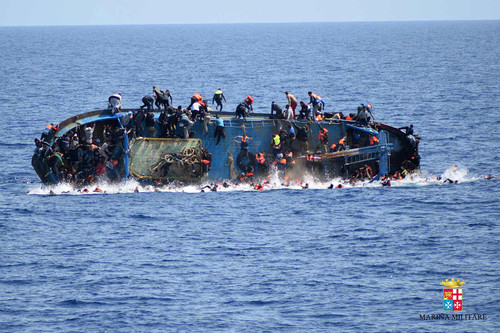 migrant-boat-3.jpg