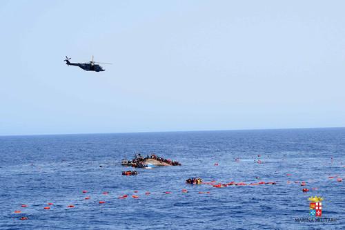 migrant-boat-5.jpg