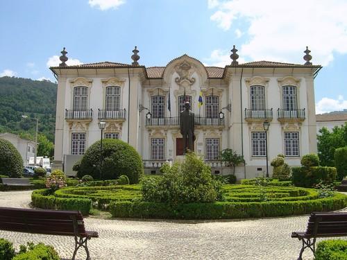 Câmara_Municipal_da_Lousã.jpg