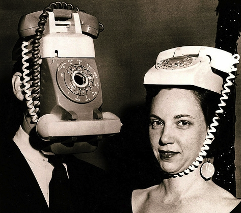 vintage-phone-costume-johnnycupcakes.com_.png