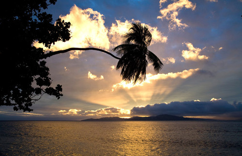 fiji-beach-sunrise-most-beautiful-sunrises-in-the-