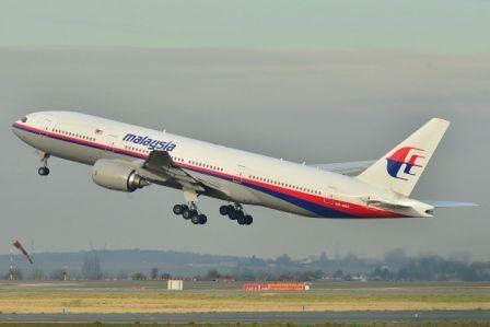 Boeing_777-200ER_Malaysia_AL_(MAS)_9M-MRO_-_MSN_28
