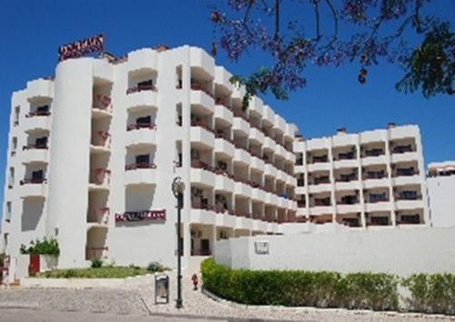 Aparthotel Alba 01.jpg