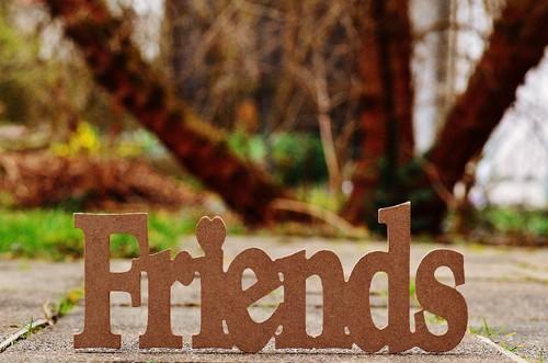 friends-1272735_1920.jpg