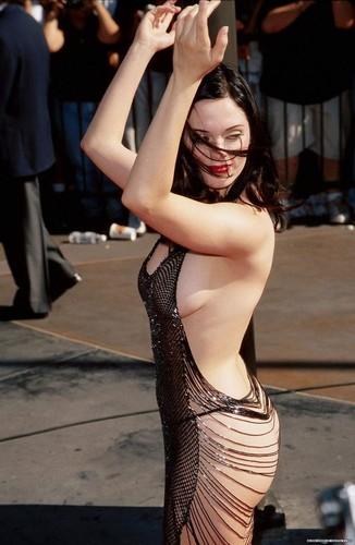 rose mcgoan MTV Music Awards - 1998.jpg