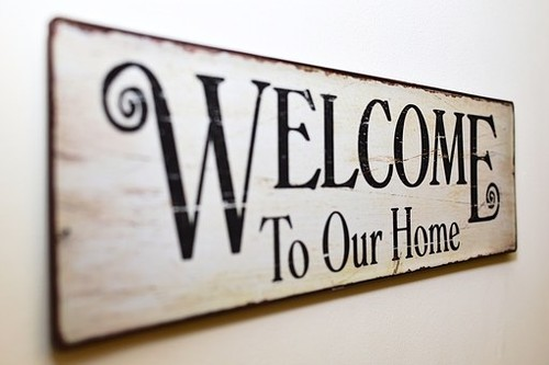 welcome-to-our-home-1205888__340.jpg