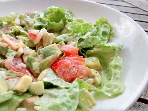 Salada-com-Tomate-e-Abacate.jpg