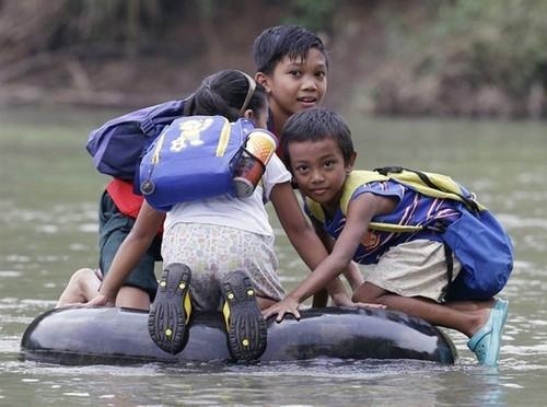 225305-650-1448146335-children-going-to-school-aro