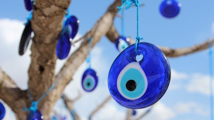 olho turco amuletos proteçao quando se partem.jpg