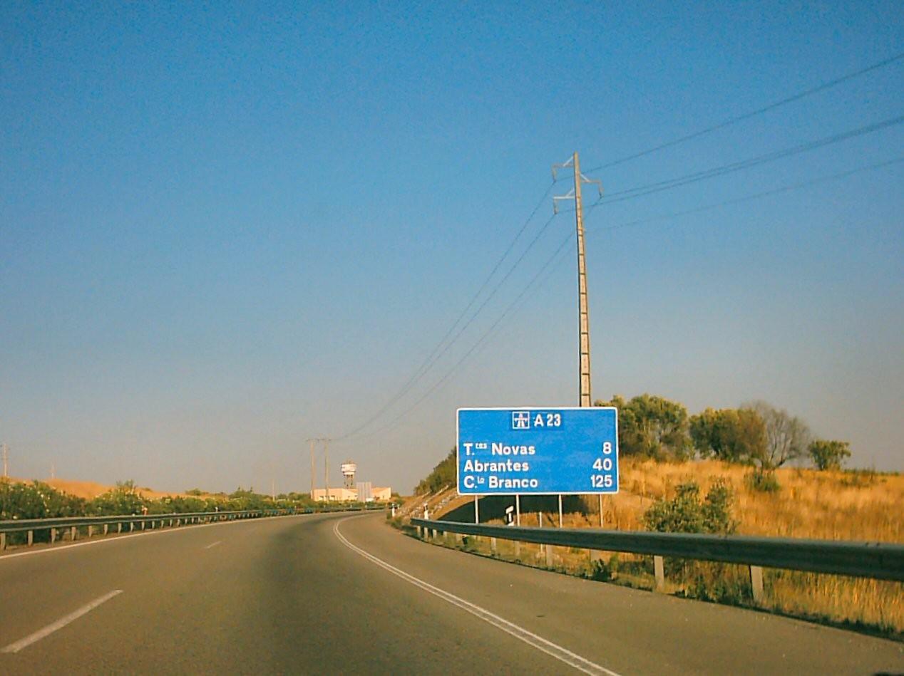 Auto-estrada_A_23.JPG