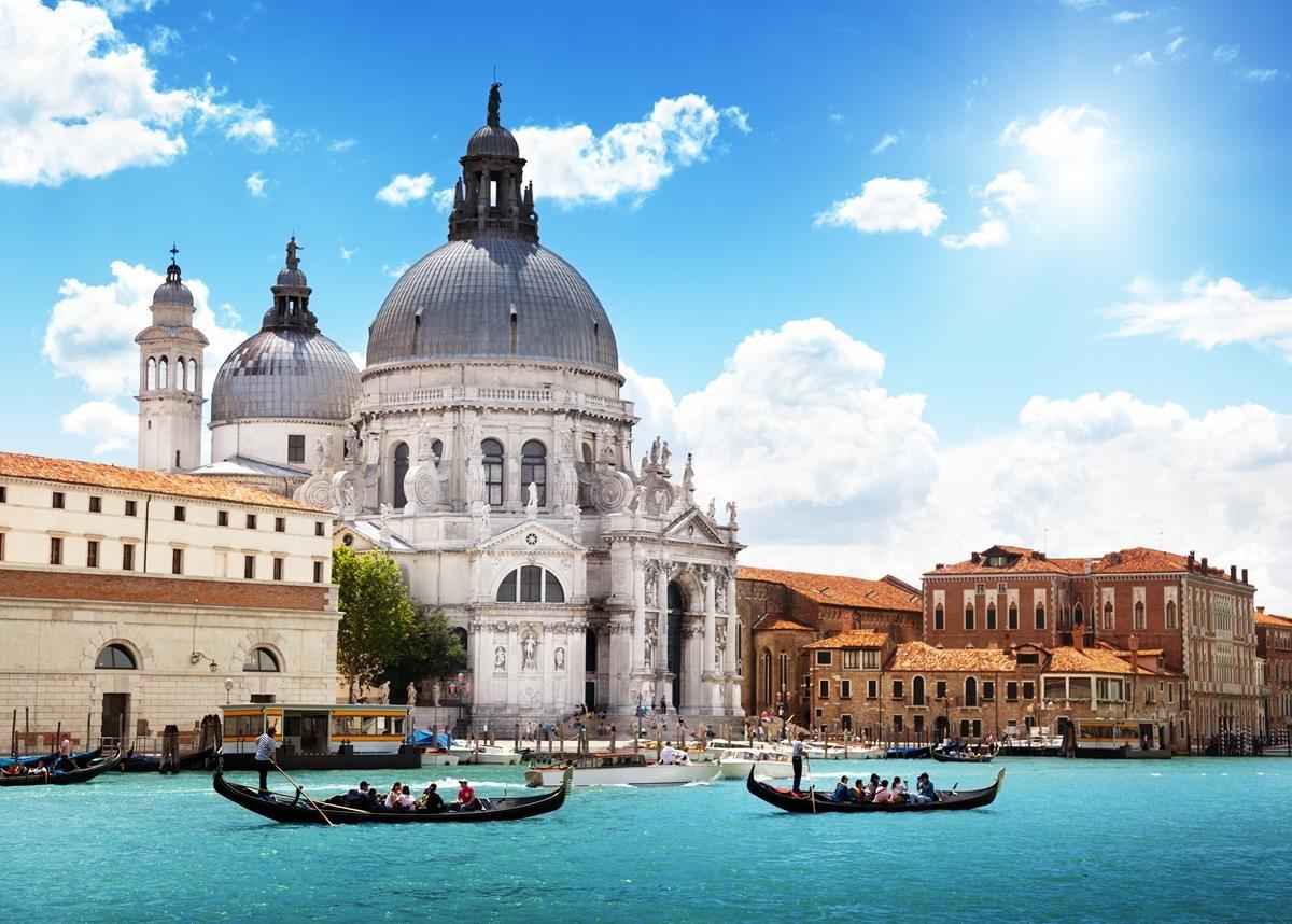 grande-canal-e-basilica-de-santa-maria-della-salut
