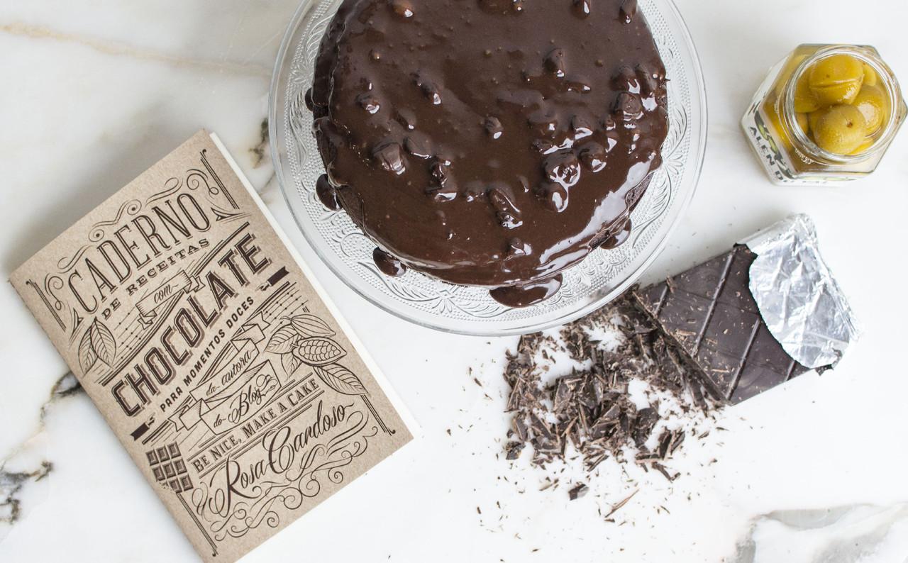 bolo de chocolate e especiarias5.jpg