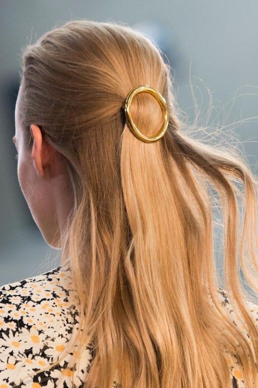 Le-Fashion-Blog-15-Ways-To-Wear-Round-Circle-Hair-