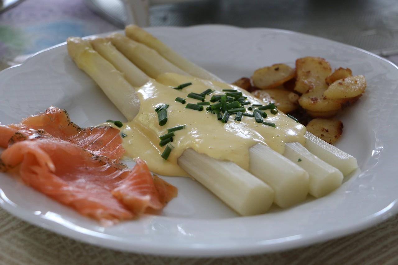 asparagus-760265_1920 (1).jpg