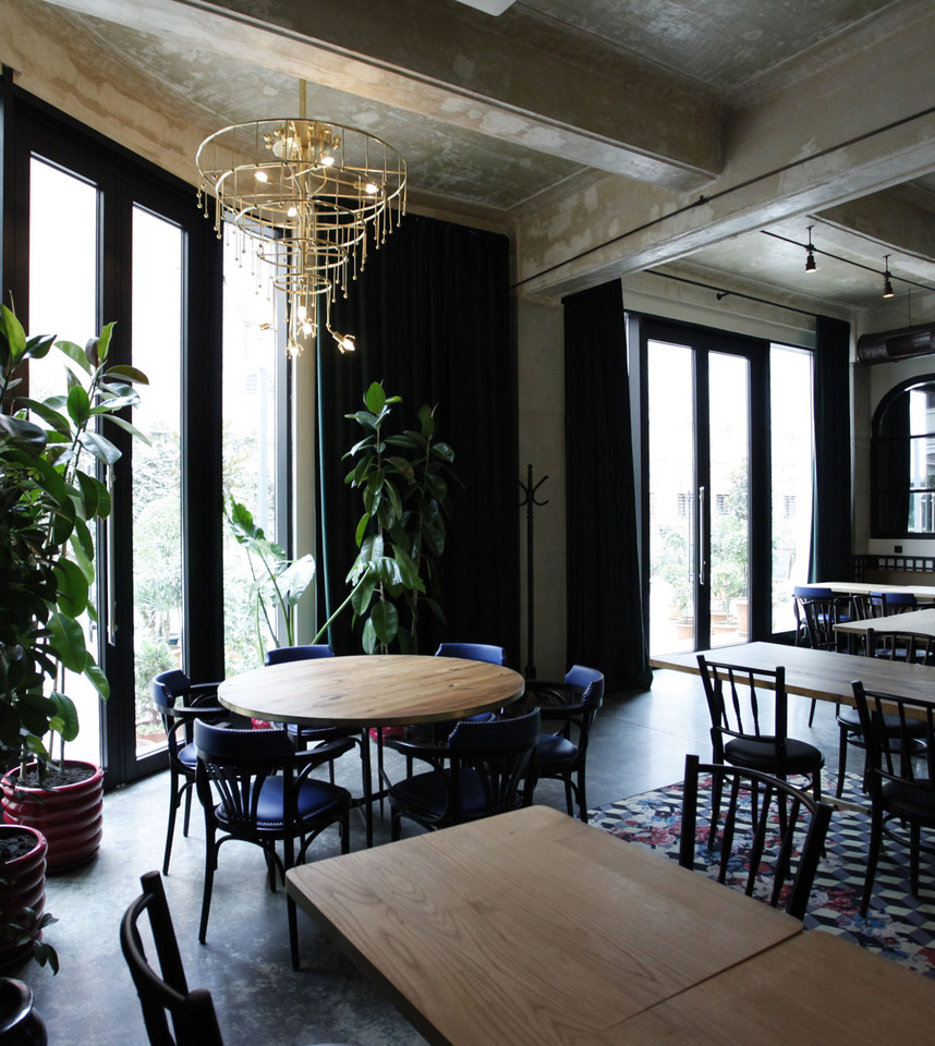 strada_cafe_rooms_12.jpg