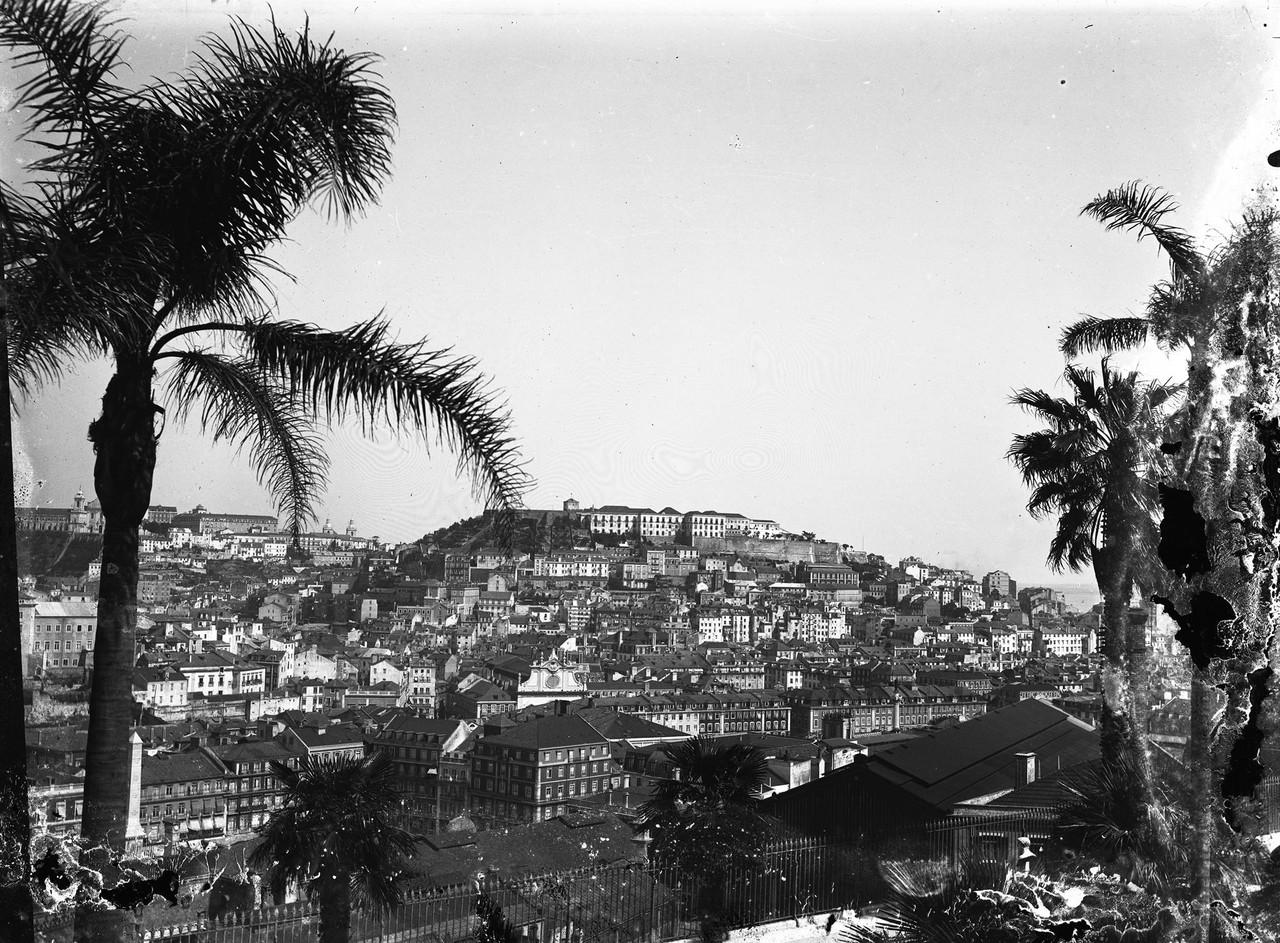 Panorâmica tirada do jardim de São Pedro de Alc