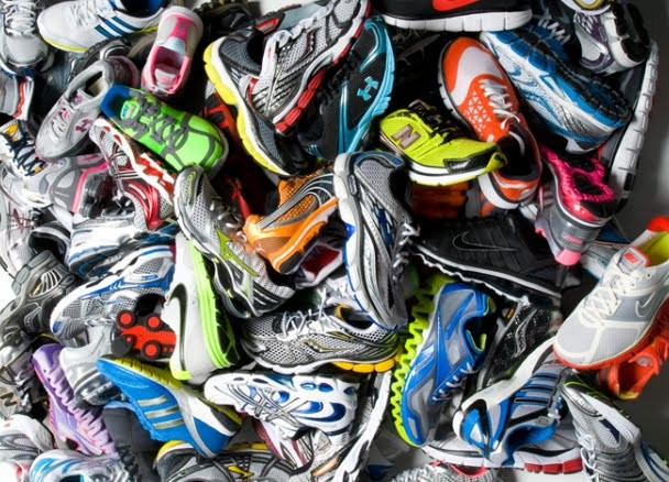 pile-of-running-shoes-01.jpg