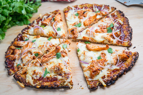 BBQ Chicken Pizza with Cauliflower Crust 500 4699.