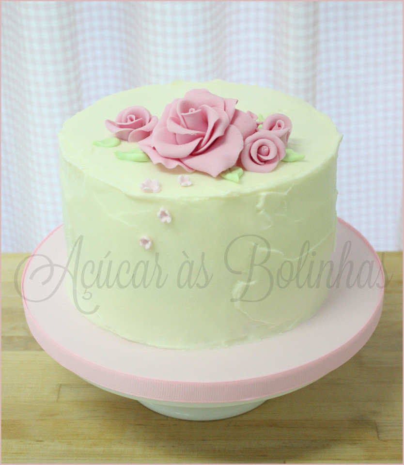 Bolos Cake Design Lisboa : Bolo Buttercream - Ac?car as Bolinhas - Cake Design ...