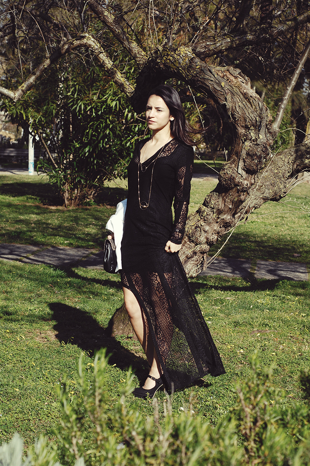 lace_dress_electricvanilla1.png
