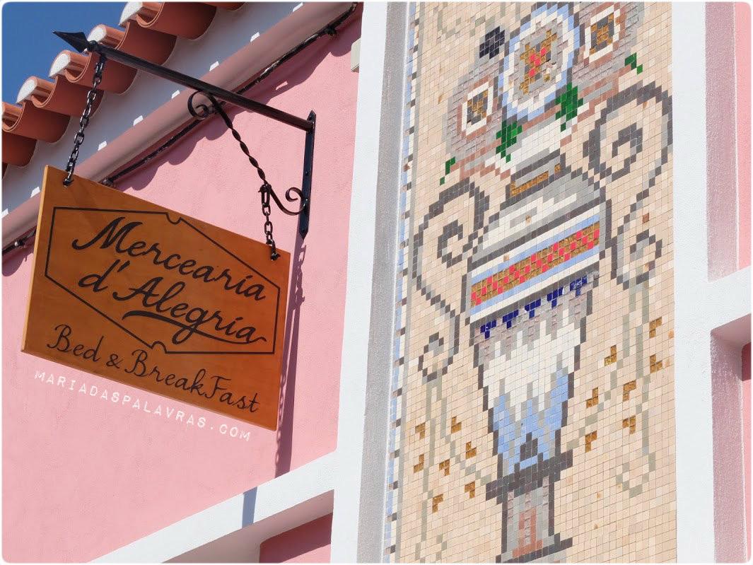Entrada da Mercearia d'Alegria - Maria das Palavras