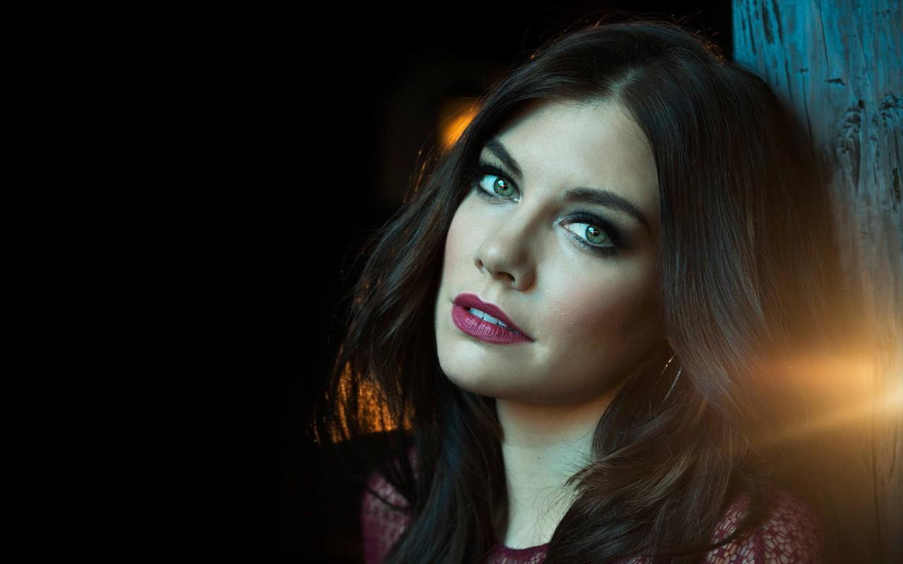 Lauren-Cohan-Actress-American-Hollywood-Brunette-L
