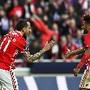 Mitroglou celebra o golo com Salvio
