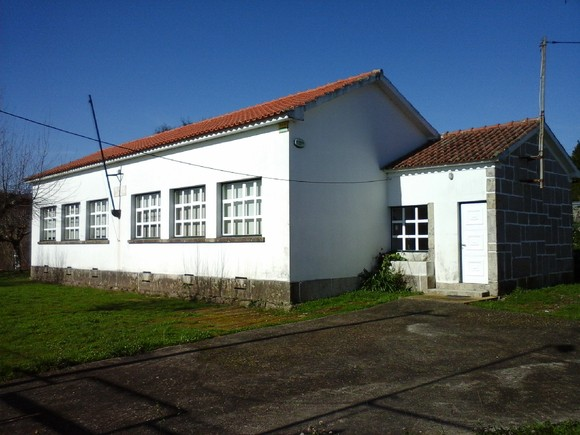 Antiga Escola Mentrestido