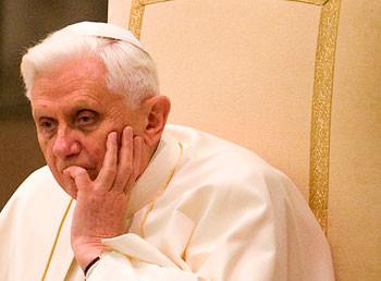 pope-benedict-thoughtful.jpg