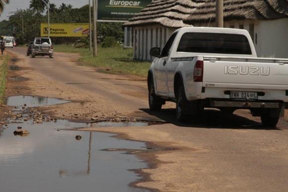 Buracos em Maputo
