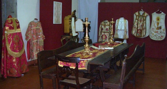 Os têxteis no religioso