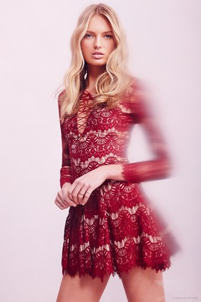 urban-outfitters-2015-valentines-day-dresses17.jpg