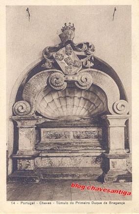 Túmulo 1º Duque de Bragança, Frt. S.Francisco,