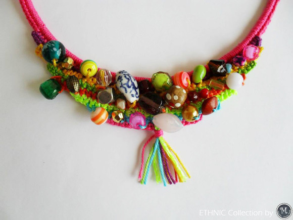 Ethnic Necklace_photo2.jpg