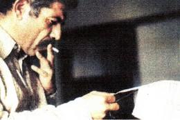 Ernesto revendo um texto
