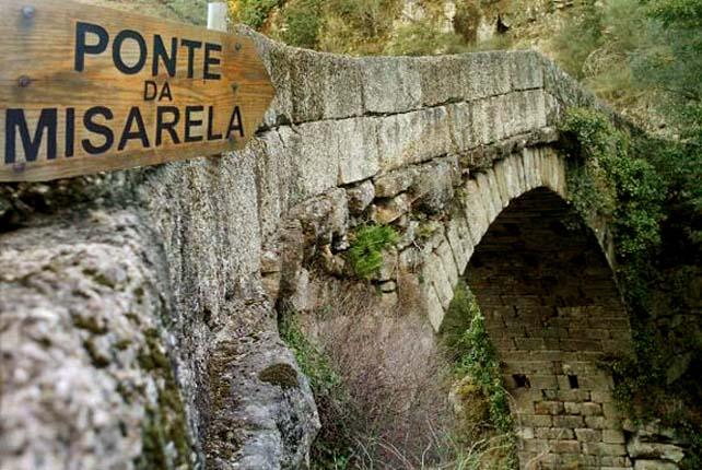 Ponte do Diabo de Misarela, Portugal A.jpg