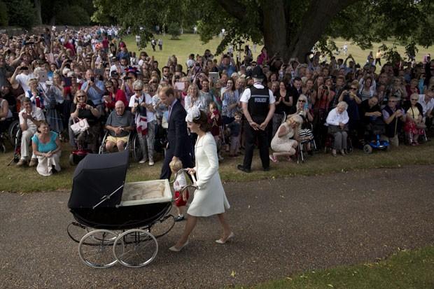 britain-royals-christ_fran-_7.jpg