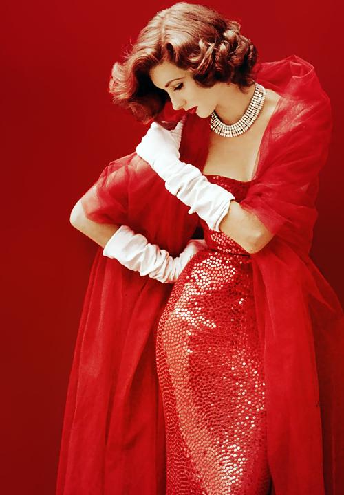 Suzy Parker vestida por Norman Norell, fotografada