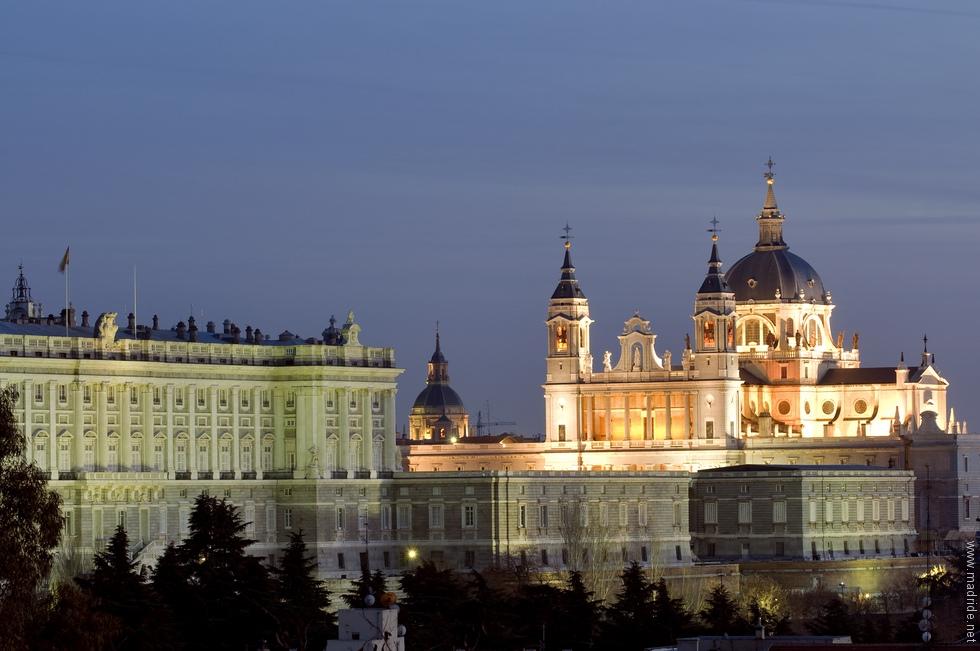 Palacio Real e Catedral.jpg